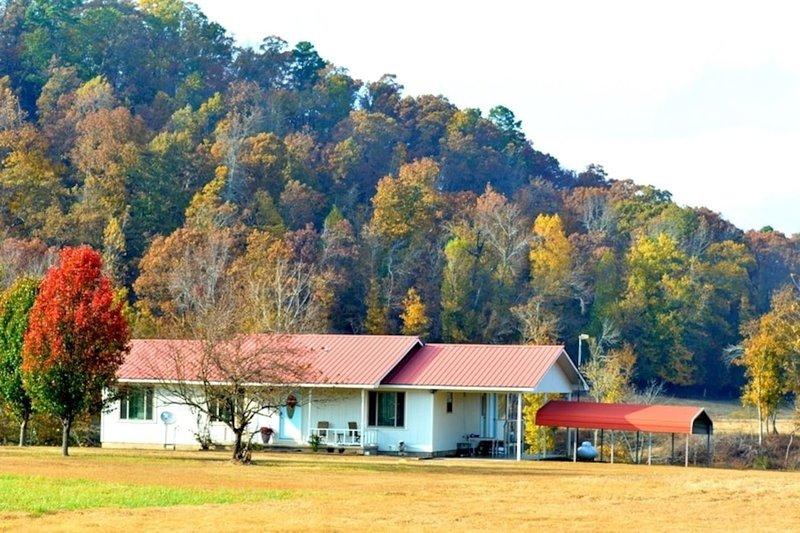 Karen's Country Cottage on Kates Creek, LLC, location de vacances à Norman