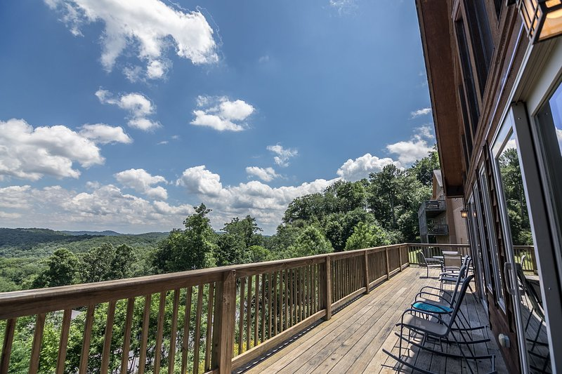 Back deck overlooking the mountains