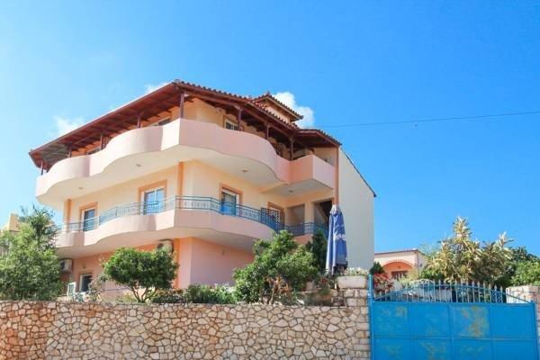 VILLA CAUSHI KSAMIL: Room 8, holiday rental in Ksamil