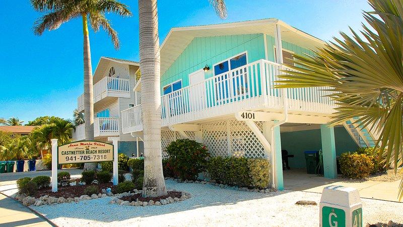 Miraculous The Anna Maria Island Beach Castaway 1 Has Internet Access Download Free Architecture Designs Xaembritishbridgeorg