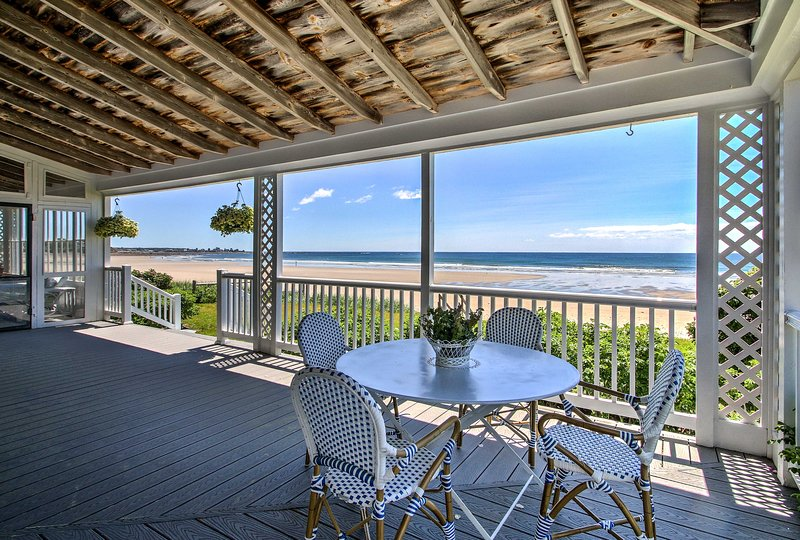 Kennebunk Cottage w/ Private Beach & Ocean Views!, vacation rental in Kennebunkport