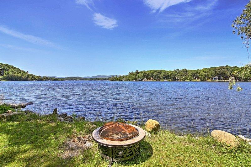 Évadez-Glen lac à cette belle maison de location de vacances.