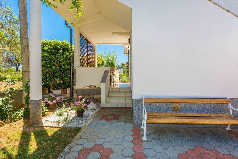 Apartman Kiki, vacation rental in Privlaka