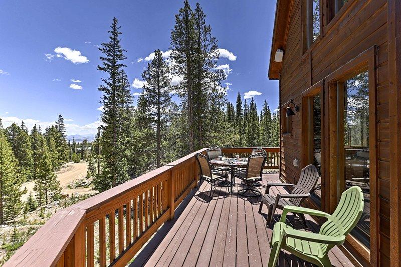 La location de vacances maison peut accueillir 8 et offre une vue incroyable.