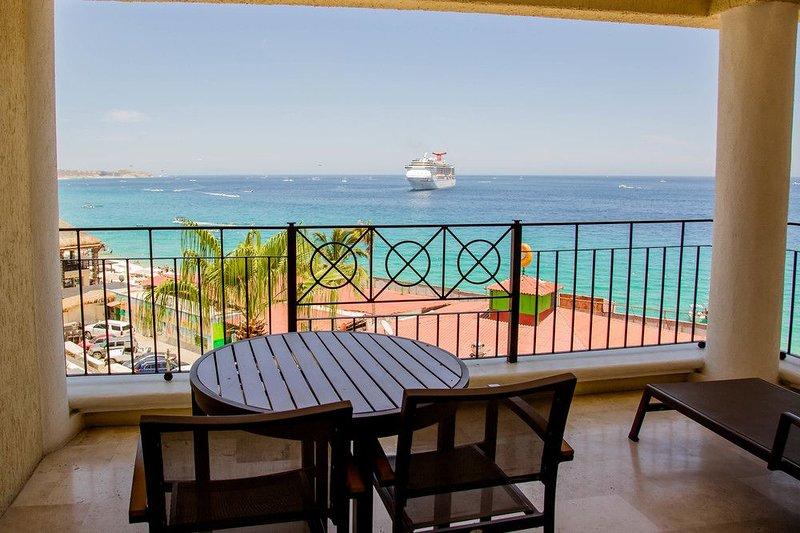 terraza de 220 pies cuadrados con vista al mar