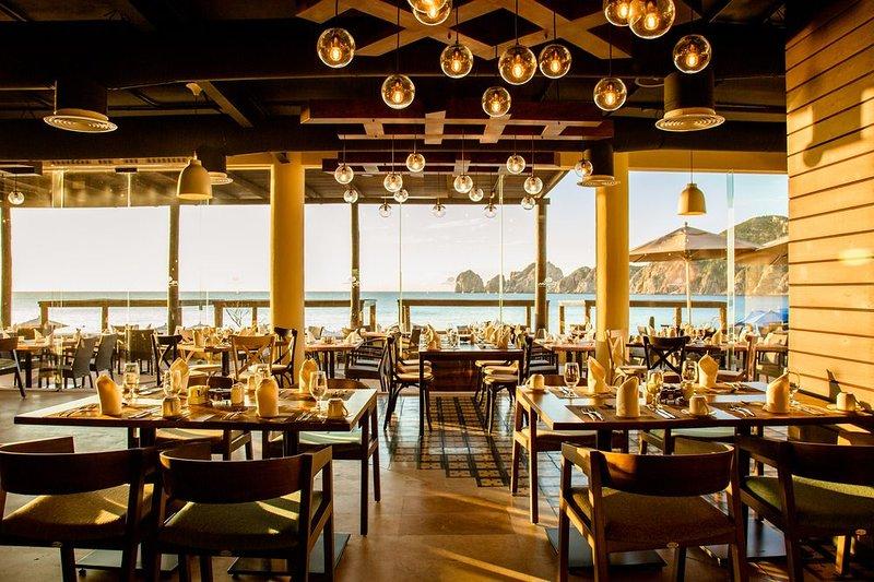 desayunador con vista al mar - gran buffet!