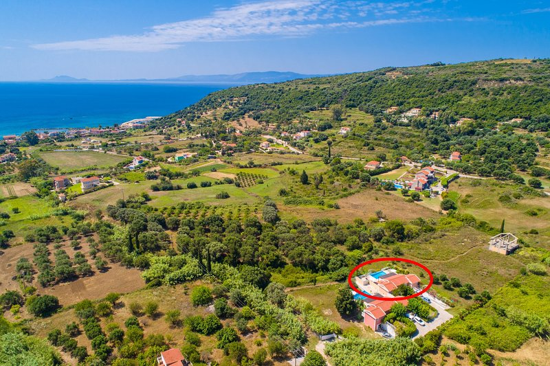 Aerial view showing location of Villa Peach