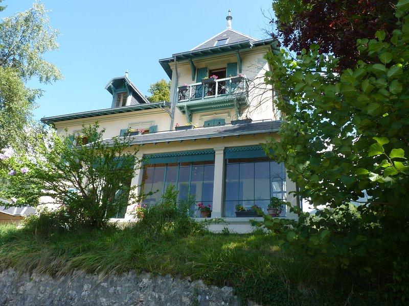 Gites dans demeure de Caractère, location de vacances à Lepin-le-Lac