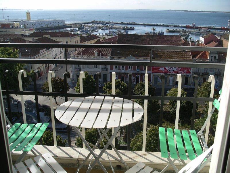 Balcón Vista al puerto pesquero y el mercado de pescado