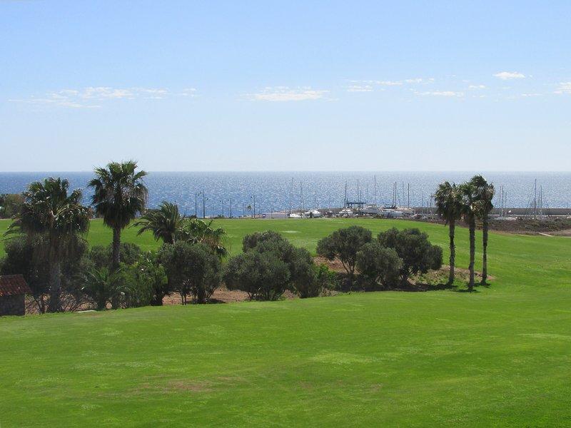 13 Fairway, Amarilla Golf Course - a portata di mano