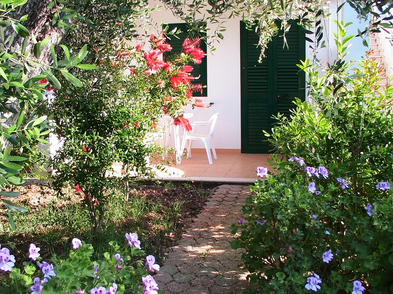 Residence Alba Vieste Gargano Bilo, location de vacances à Pugnochiuso