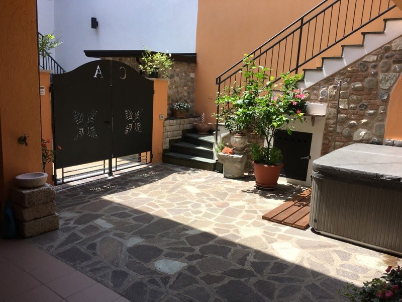 "Casa Vacanze ""Agnese"", location de vacances à San Felice del Benaco"