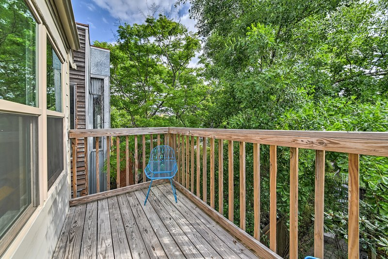 This townhome includes a private deck and sleeping for 6 guests.
