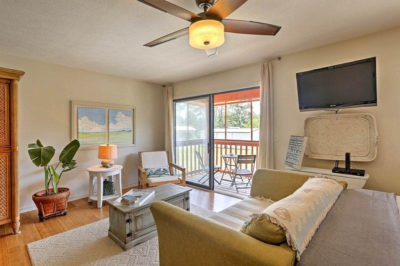 Godere sia spiaggia e di vivere il lago da questo condominio monolocale situato in posizione ideale!