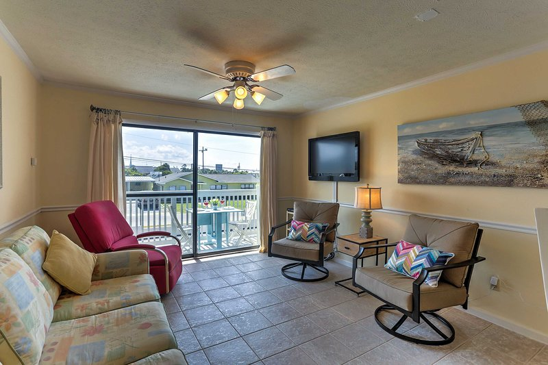 Plan your picture-perfect PCB getaway with a stay at this vacation rental condo!