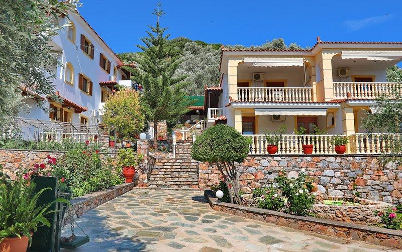 ΝΙΚΗ : Spacious 2 Bedroom Apartments, vakantiewoning in Panormos