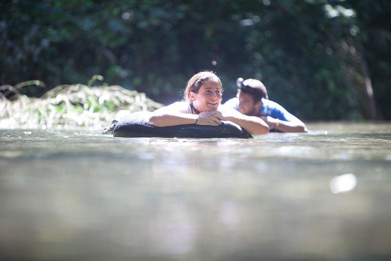 River Cave Expedición