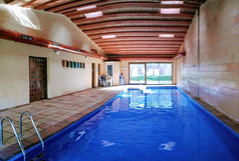 The Clos Spa 100 meters. exclusive free, in service since mid-May to November.