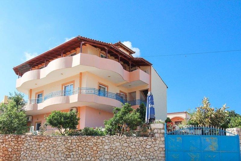 VILLA CAUSHI KSAMIL: Room 5, holiday rental in Ksamil