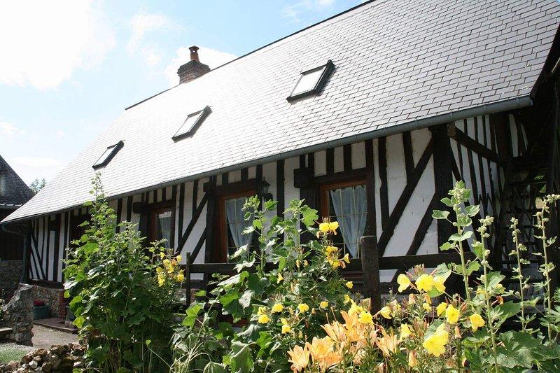 Charmant gîte à 20 minutes d'Honfleur et de la Côte, 30 minutes de Deauville, casa vacanza a Marais-Vernier