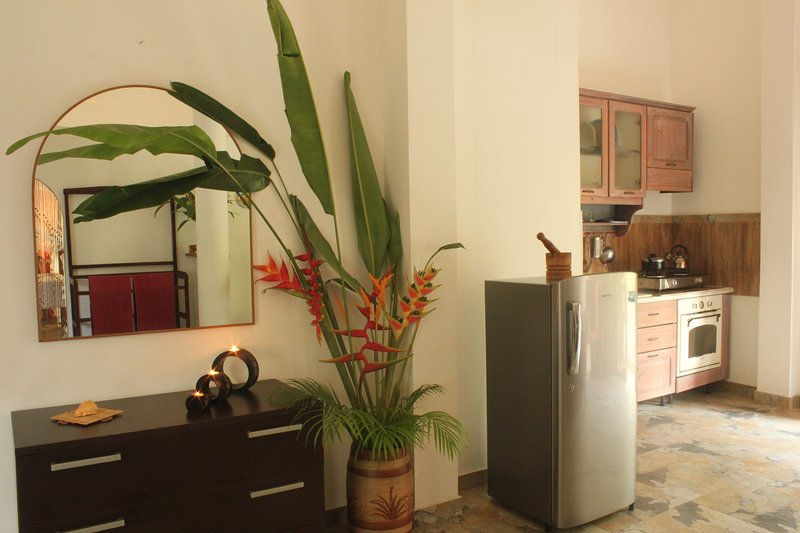 Dionis Villa: Dharma apartment, holiday rental in Unawatuna