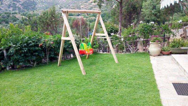 Small garden with swing