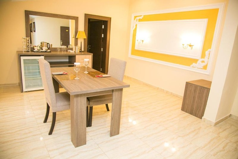 THE CONSORT SUITES (Deluxe Single Room 12), alquiler de vacaciones en Abuja