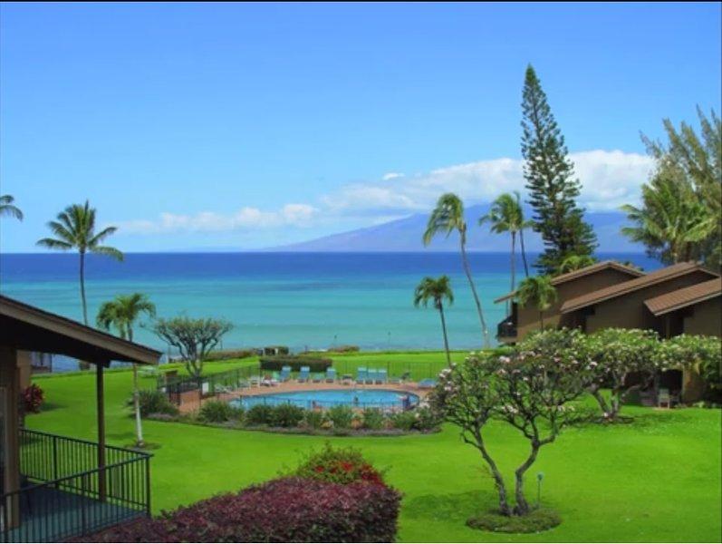 Oceanfront Oceanview 2BR/2Ba West Maui Condo, alquiler vacacional en Honokowai