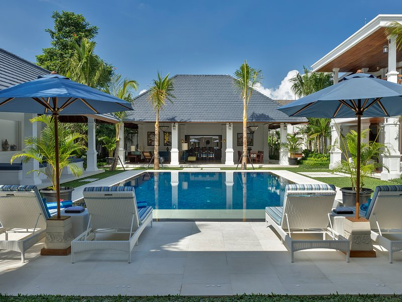 Villa Windu Asri, 6BR, Seminyak, vakantiewoning in Kerobokan Kelod