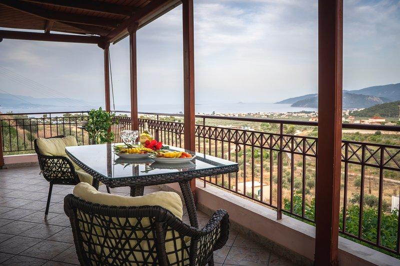 VILLA TERRA & MARE, holiday rental in Isthmia