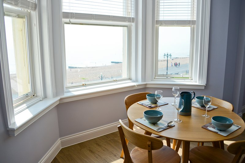 Sea View, holiday rental in Tarring