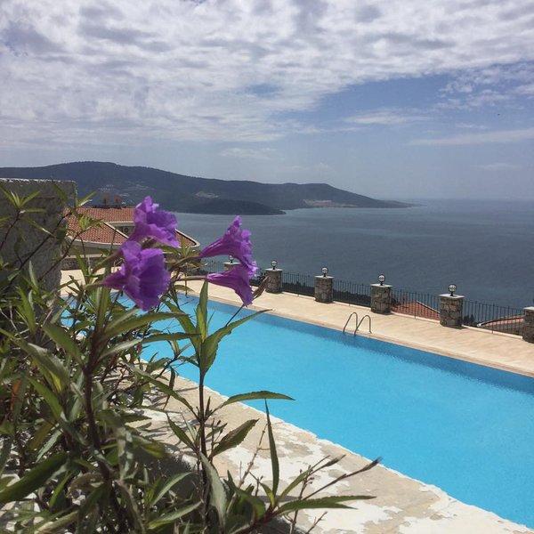 Aegean Cost Luxury Duplex for Affordable prices, location de vacances à Akbuk