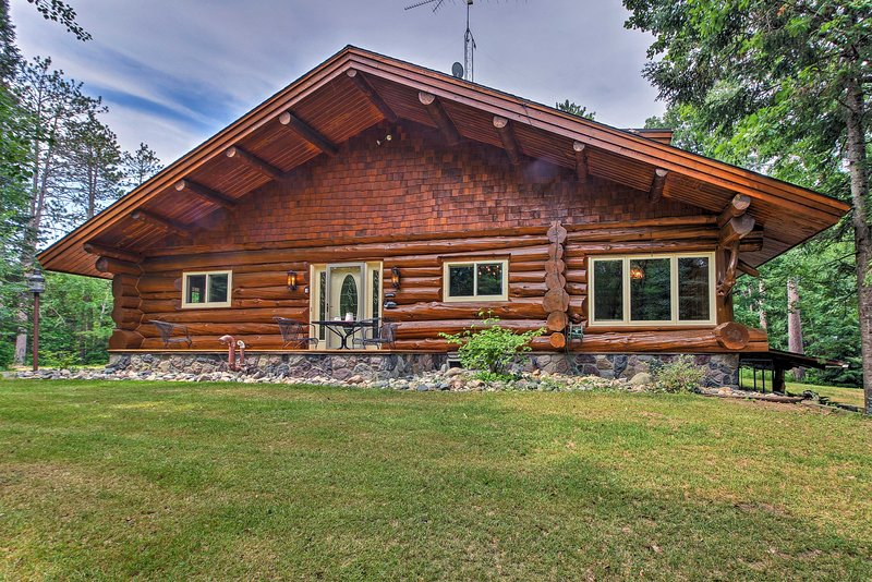 Discover peace and serenity by booking this vacation cabin today!