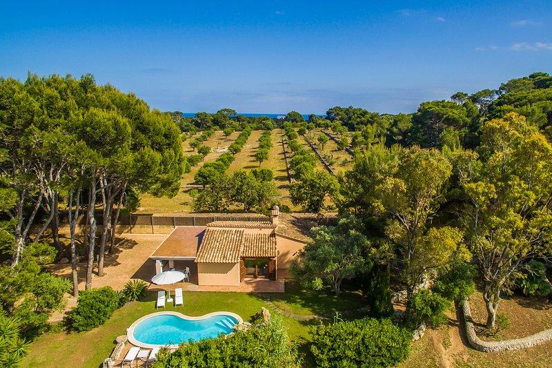 Preiswerte Finca 'Els Pins' auf Mallorca, location de vacances à Capdepera