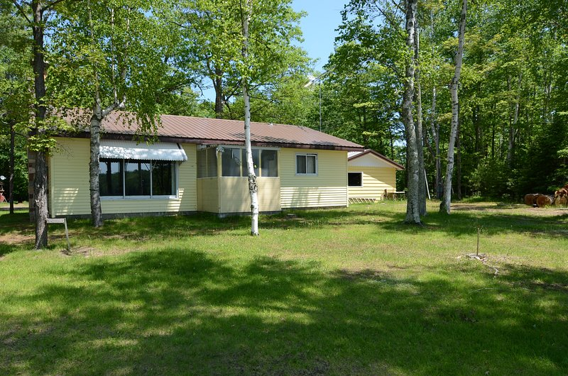 Bills Bay, holiday rental in Cable