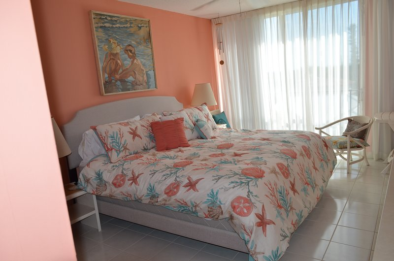 stunning coral beach bedroom | TripAdvisor - Beautiful Beachfront Coral Beach One Bedroom ...