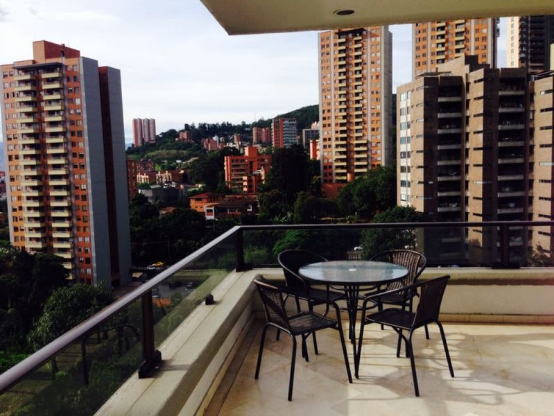 4 Bedroom Duplex Wrap around terrace, vacation rental in Envigado