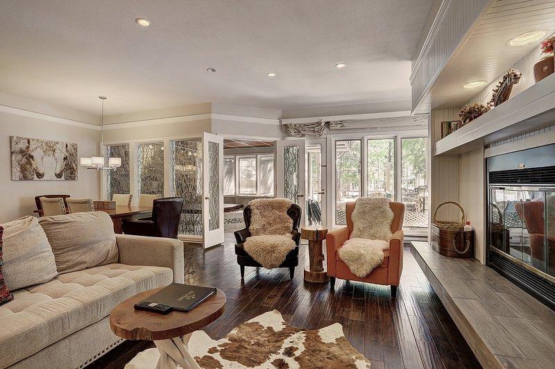 SkyRun Property - '2721 Chateaux DMont' -