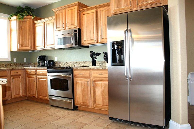 Wisconsin Dells Getaways Kitchen # 307