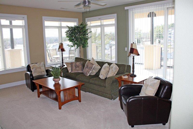 Sala de estar de Wisconsin Dells Getaways # 307