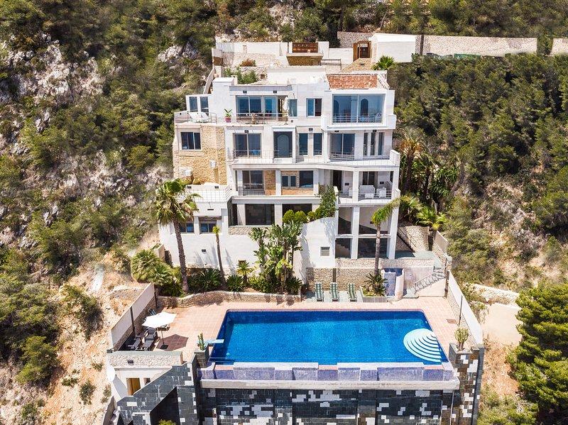 PENYA-SEGAT - Villa for 10 people in Jávea, alquiler de vacaciones en La Granadella