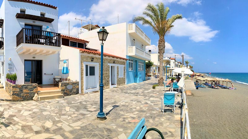 Myrtos Mare Suites | Maisonette on the beach, holiday rental in Tertsa