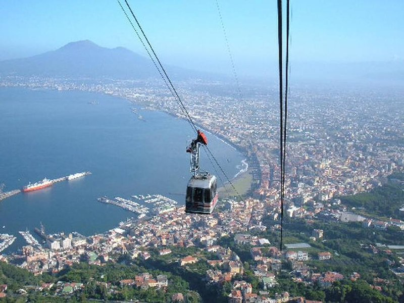 Cableway to the Faito with departure from Castellammare di Stabia