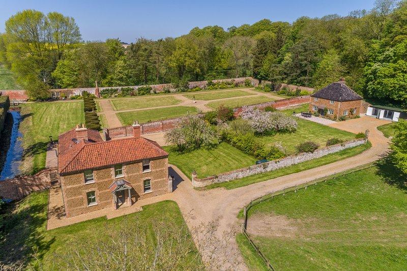 Cottages in the Walled Garden, location de vacances à Sedgeford