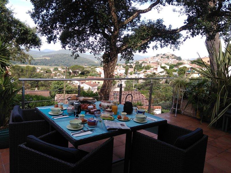 AU JARDIN DES COULEURS, holiday rental in Pierrefeu-du-Var