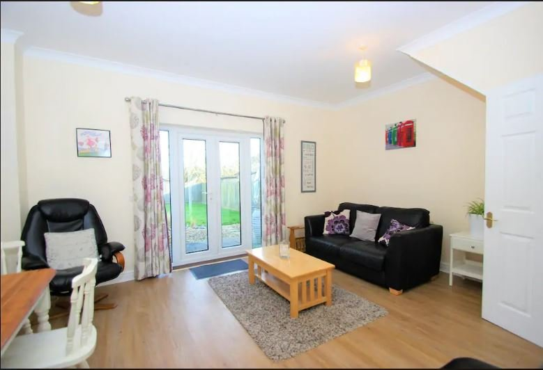Cosy home well placed for Cotswolds and Oxford, Ferienwohnung in Ramsden