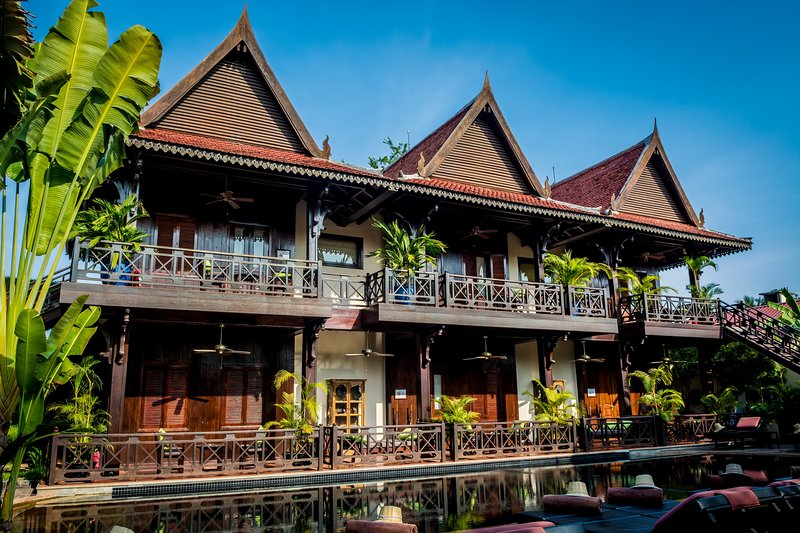 Authentic Khmer Colonial Resort - Free Breakfast and Airport Pick-up, location de vacances à Province de Siem Reap