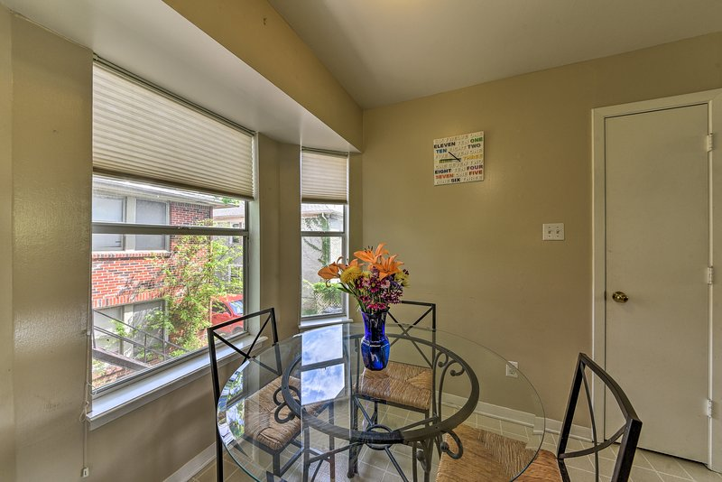 This home sleeps 5 and provides easy access to all the best local attractions!