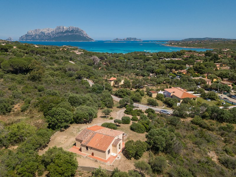 CASA COPPIA 3, PORTO ISTANA, vacation rental in Porto Istana
