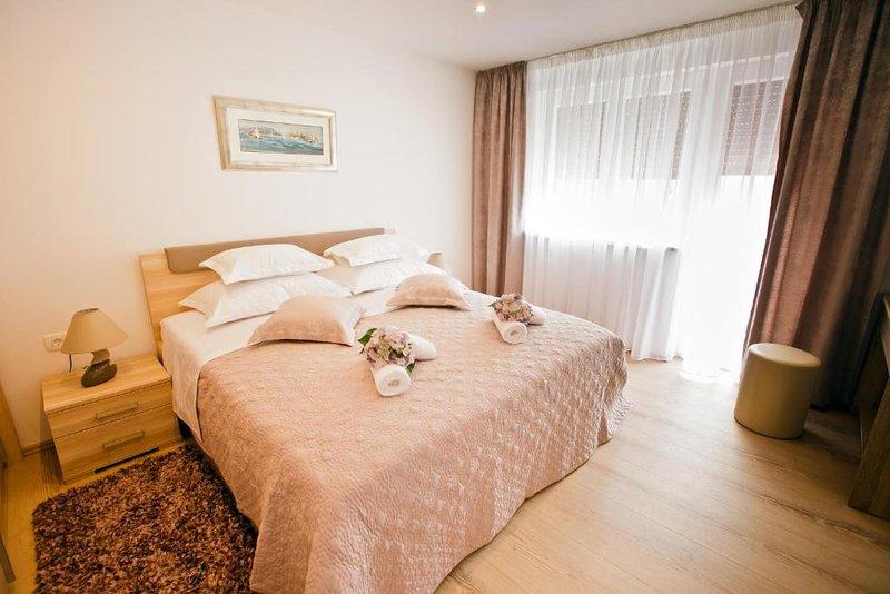 Apartment Satureja Montana, holiday rental in Split